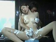 Asian girlfriend bubble bathtub pussy rubbing